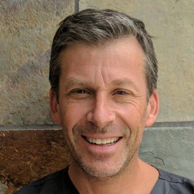 Dr. Neil Zachs